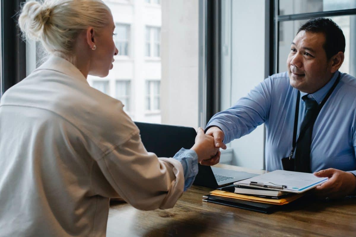 Wat is de beste manier om een bedrijf te verkopen?