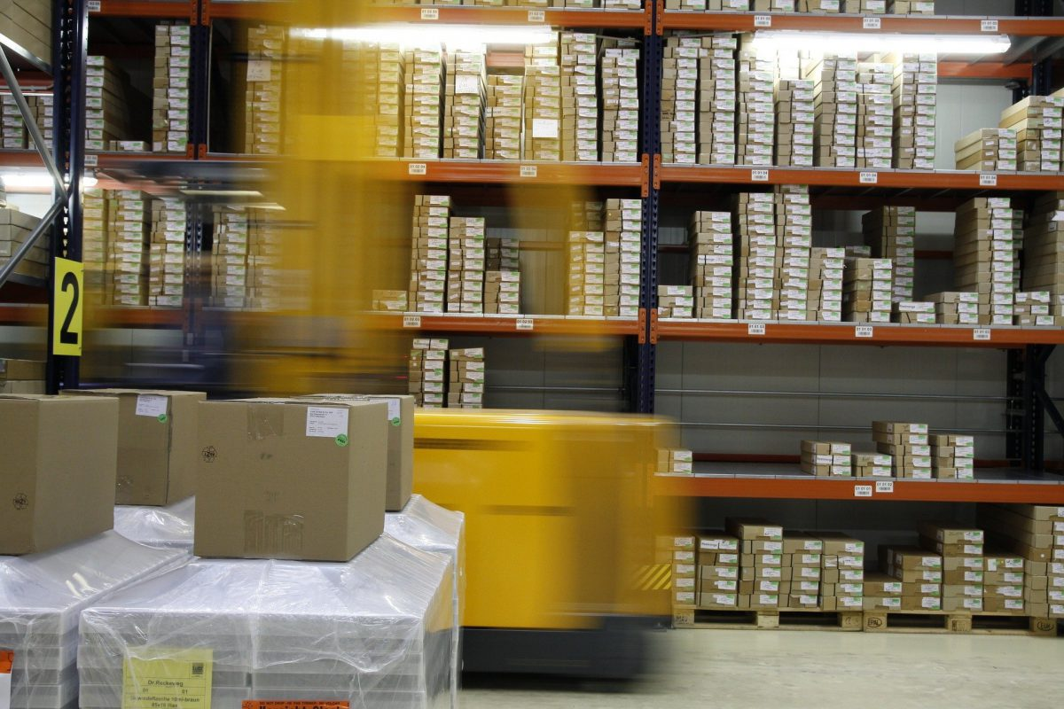 Ken de 5 voordelen van het uitbesteden van logistiek